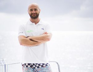Skipper des Segelbootes