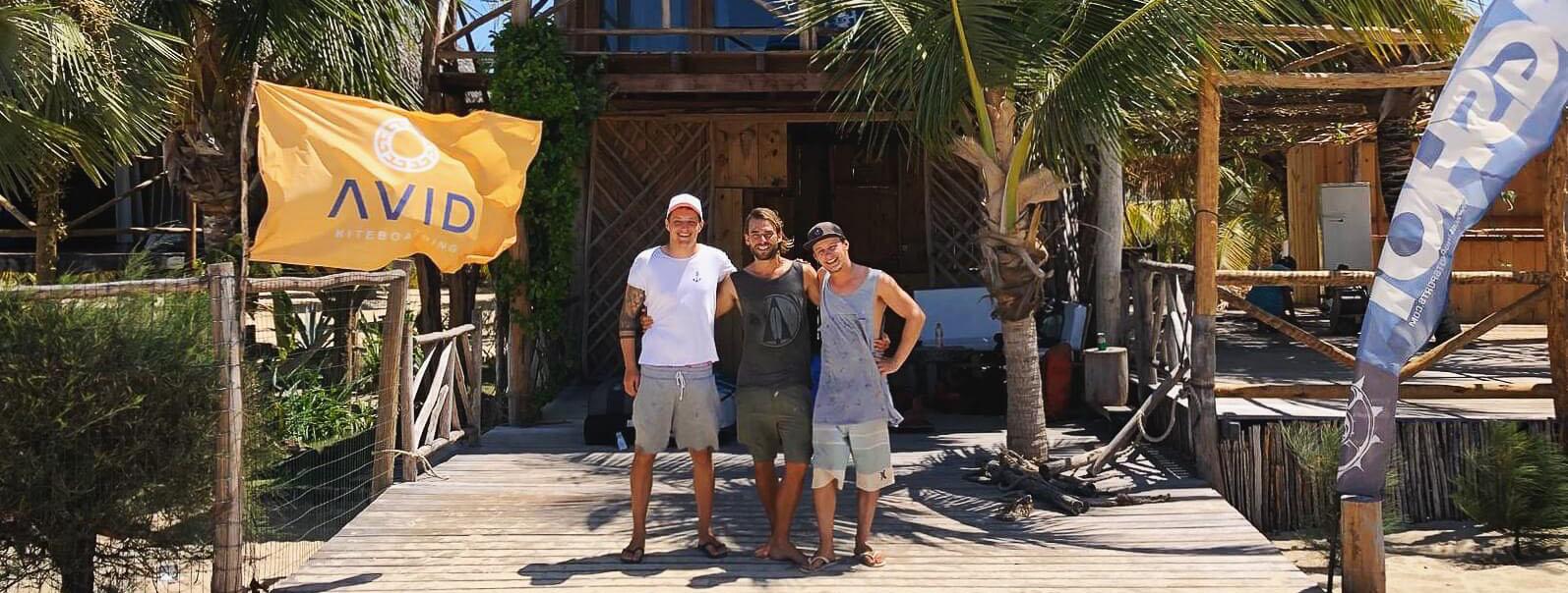 Das Team von Avid Kiteboarding in Brasilien